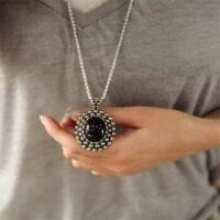 Retro Large Ebony Stone Sweater Chain
